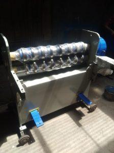 máy cắt tấm thùng thiếc